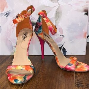 Colourful heels
